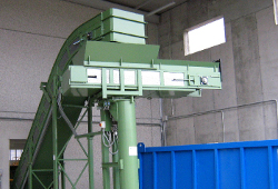 Chutes and filling systems for chips