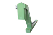 Conveyor with discharge chute protection in accordance with existing safety regulations.
