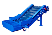 Conveyor belt NBS model with cleats and front wheels.